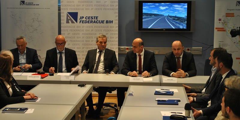Potpisani ugovori za izvođenje radova na magistralnoj cesti M17.3 Neum – Stolac, dionica Stari Neum - Broćanac